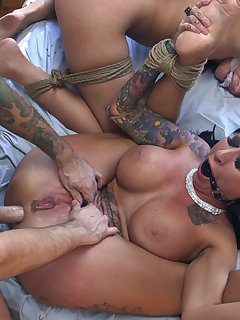 Threesome bdsm sex pictures